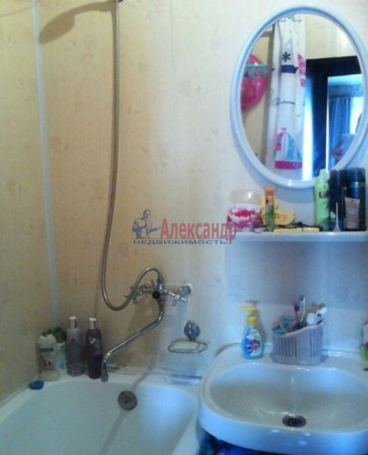 1-комнатная квартира (35м2) на продажу по адресу Пискаревский пр., 26— фото 4 из 9