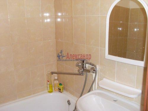 3-комнатная квартира (71м2) на продажу по адресу Петровское пос., Шоссейная ул., 40— фото 8 из 15