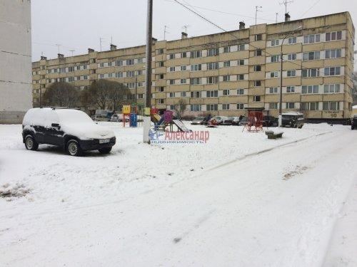 2-комнатная квартира (46м2) на продажу по адресу Каменногорск г., Ленинградское шос., 86— фото 1 из 12