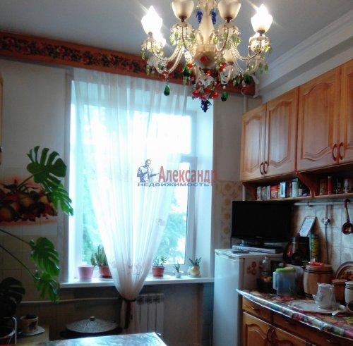 4-комнатная квартира (101м2) на продажу по адресу Волхов г., Волховский пр., 35— фото 9 из 9