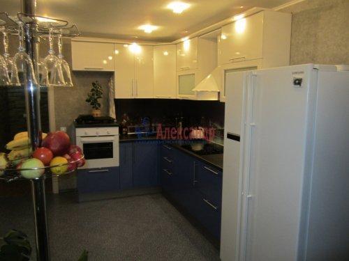 3-комнатная квартира (88м2) на продажу по адресу Лыжный пер., 4— фото 15 из 18