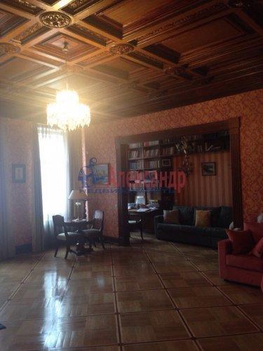 2-комнатная квартира (132м2) на продажу по адресу Канала Грибоедова наб., 96— фото 9 из 18