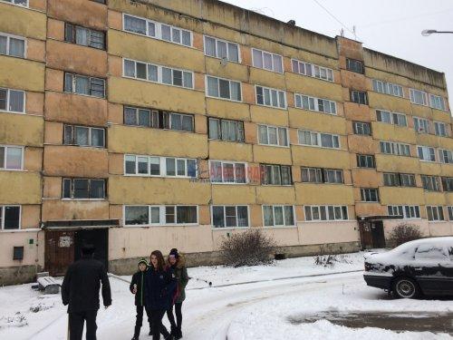 2-комнатная квартира (46м2) на продажу по адресу Каменногорск г., Ленинградское шос., 86— фото 2 из 12