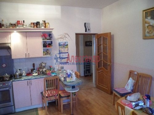 4-комнатная квартира (117м2) на продажу по адресу Выборг г., Вокзальная ул., 13— фото 18 из 22