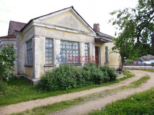 2-комнатная квартира (60м2) на продажу по адресу Свирьстрой пгт.— фото 1 из 14