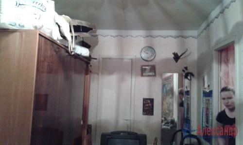 2-комнатная квартира (42м2) на продажу по адресу Кузнечное пгт., Приозерское шос., 7— фото 4 из 11