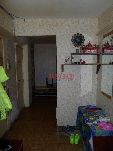 3-комнатная квартира (72м2) на продажу по адресу Коммунар г., Павловская ул., 3— фото 6 из 9