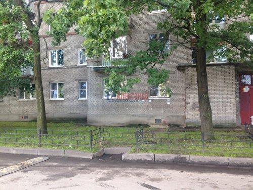 1-комнатная квартира (32м2) на продажу по адресу Ветеранов пр., 152— фото 10 из 13