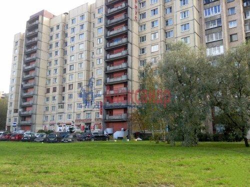 3-комнатная квартира (72м2) на продажу по адресу Коллонтай ул., 23— фото 1 из 8