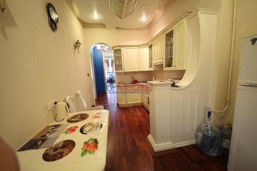3-комнатная квартира (101м2) на продажу по адресу Конная ул., 8— фото 11 из 17