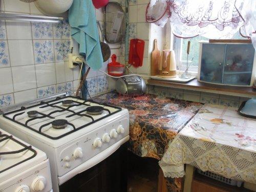Комната в 4-комнатной квартире (376м2) на продажу по адресу Петергоф г., Володи Дубинина ул., 12а— фото 9 из 9