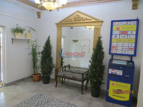 1-комнатная квартира (49м2) на продажу по адресу Комендантский пр., 12— фото 1 из 8