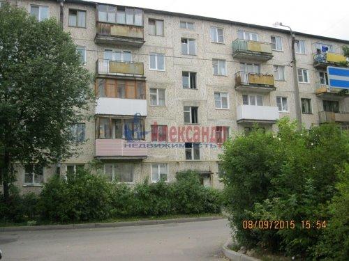 2-комнатная квартира (46м2) на продажу по адресу Гатчина г., Володарского ул., 28— фото 1 из 6