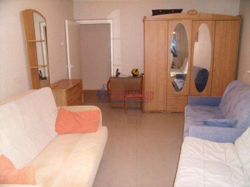 3-комнатная квартира (68м2) на продажу по адресу Пионерстроя ул., 19— фото 2 из 11