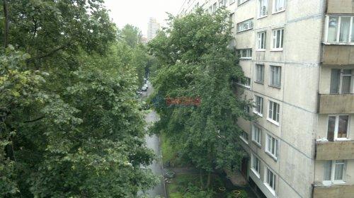 1-комнатная квартира (30м2) на продажу по адресу Бухарестская ул., 84— фото 2 из 13