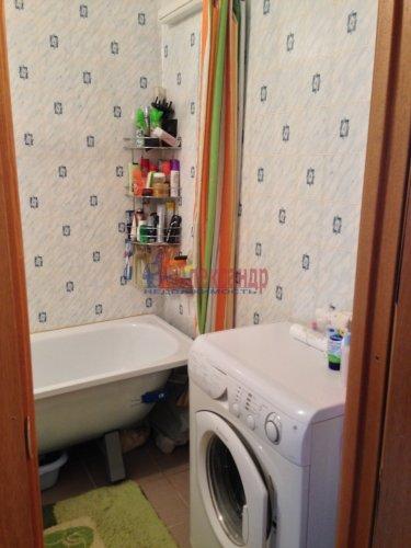 1-комнатная квартира (36м2) на продажу по адресу Стрельна г., Львовская ул., 19— фото 7 из 10