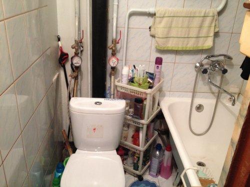 4-комнатная квартира (48м2) на продажу по адресу Лени Голикова ул., 27— фото 8 из 16