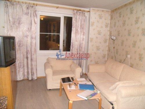 3-комнатная квартира (68м2) на продажу по адресу Пионерстроя ул., 19— фото 4 из 11