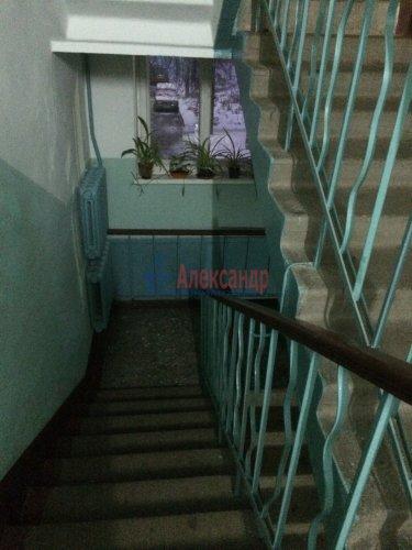 2-комнатная квартира (42м2) на продажу по адресу Стрельна г., Санкт-Петербургское шос., 90— фото 4 из 10