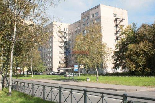 Комната в 8-комнатной квартире (114м2) на продажу по адресу Серебристый бул., 13— фото 9 из 11
