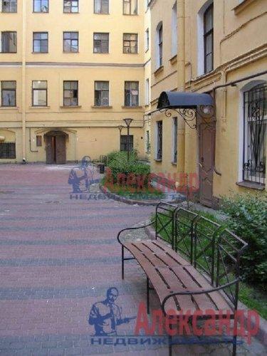 3-комнатная квартира (59м2) на продажу по адресу Невский пр., 74— фото 2 из 10