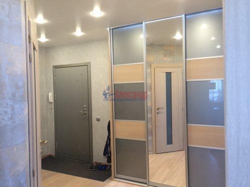 2-комнатная квартира (64м2) на продажу по адресу Октябрьская наб., 126— фото 15 из 19