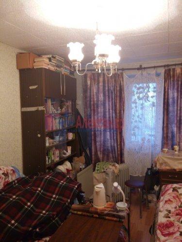 Комната в 12-комнатной квартире (210м2) на продажу по адресу Светлановский просп., 58— фото 3 из 4