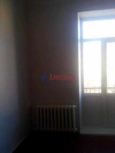 Комната в 3-комнатной квартире (76м2) на продажу по адресу Металлострой пос., Центральная ул., 4— фото 3 из 5