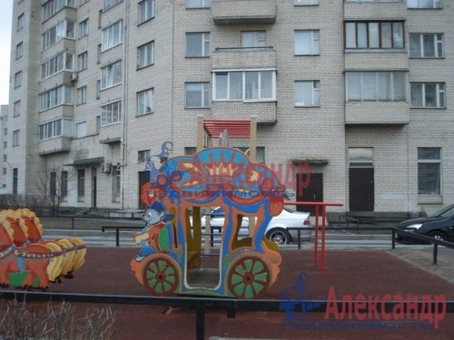 2-комнатная квартира (69м2) на продажу по адресу Науки пр., 19— фото 6 из 10