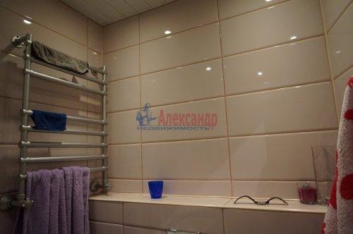 3-комнатная квартира (60м2) на продажу по адресу Гражданский пр., 90— фото 6 из 25