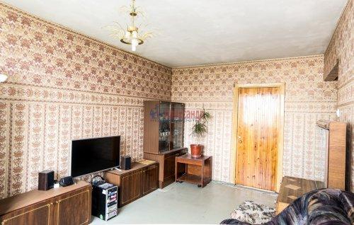 3-комнатная квартира (65м2) на продажу по адресу Купчинская ул., 33— фото 1 из 11
