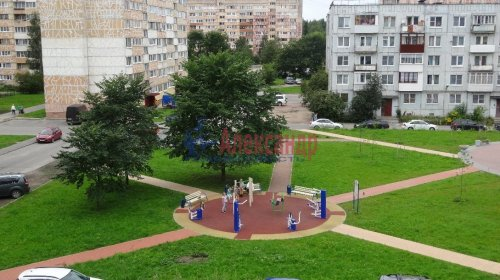 Комната в 2-комнатной квартире (54м2) на продажу по адресу Ломоносов г., Ораниенбаумский пр., 43— фото 2 из 3