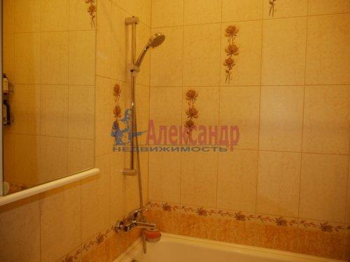 2-комнатная квартира (64м2) на продажу по адресу Всеволожск г., Коралловская ул., 12— фото 10 из 13