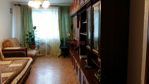 3-комнатная квартира (72м2) на продажу по адресу Комендантский пр., 31— фото 5 из 5