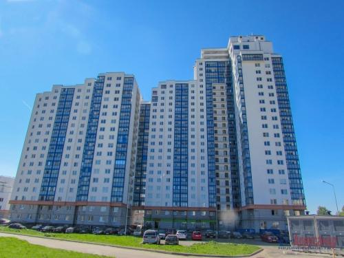 1-комнатная квартира (31м2) на продажу по адресу Свердлова пгт., Западный пр-д., 15— фото 1 из 7