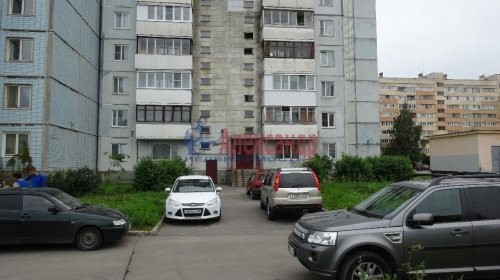 Комната в 2-комнатной квартире (54м2) на продажу по адресу Ломоносов г., Ораниенбаумский пр., 43— фото 3 из 3