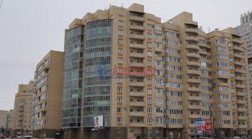 3-комнатная квартира (82м2) на продажу по адресу Варшавская ул., 23— фото 1 из 20