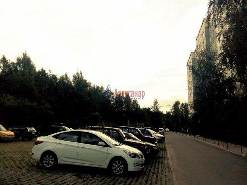 3-комнатная квартира (67м2) на продажу по адресу Новое Девяткино дер., 57— фото 2 из 15