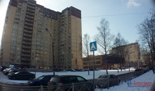 3-комнатная квартира (120м2) на продажу по адресу Фаворского ул., 15— фото 1 из 15