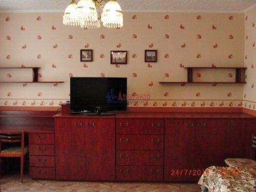 1-комнатная квартира (50м2) на продажу по адресу Ветеранов пр., 122— фото 6 из 10