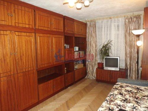 2-комнатная квартира (48м2) на продажу по адресу Генерала Симоняка ул., 1— фото 3 из 7