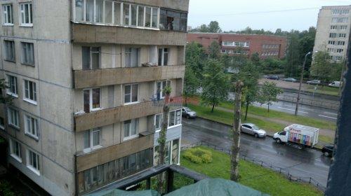 1-комнатная квартира (30м2) на продажу по адресу Бухарестская ул., 84— фото 3 из 13