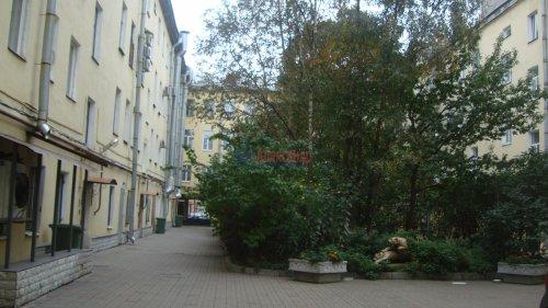 Комната в 3-комнатной квартире (68м2) на продажу по адресу Невский пр., 113/4— фото 9 из 12