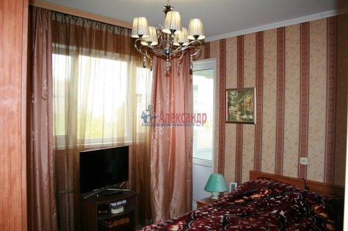 3-комнатная квартира (52м2) на продажу по адресу Руднева ул., 5— фото 2 из 9