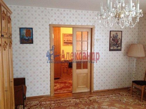 3-комнатная квартира (102м2) на продажу по адресу Тельмана пос., 46— фото 9 из 15