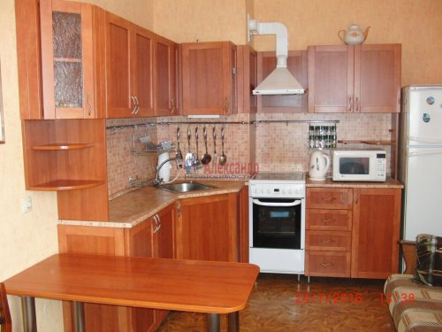 1-комнатная квартира (50м2) на продажу по адресу Ветеранов пр., 122— фото 8 из 10