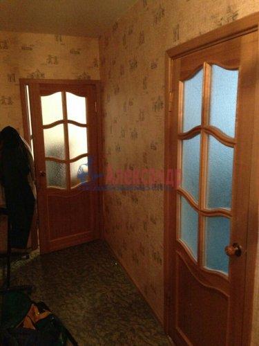 2-комнатная квартира (46м2) на продажу по адресу Генерала Симоняка ул., 7— фото 2 из 10