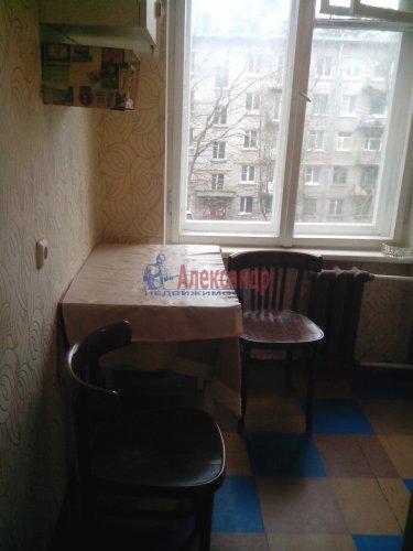 2-комнатная квартира (43м2) на продажу по адресу Песочный пос., Ленинградская ул., 70— фото 5 из 10