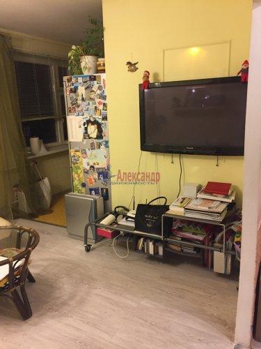 2-комнатная квартира (60м2) на продажу по адресу Пятилеток пр., 9— фото 6 из 19