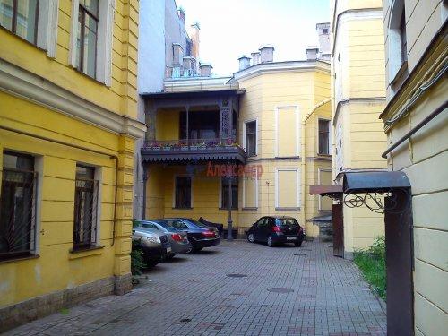 Комната в 7-комнатной квартире (152м2) на продажу по адресу Галерная ул., 43— фото 1 из 5